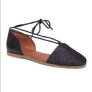 Lucky Brand black Nanelia lace up flats 8.5 shoes